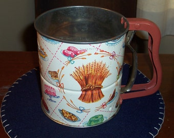 Vintage Androck 3 Screen Hand- i- Sift Sifter....Mid Century Flour Sifter...Nice Condition....Retro Kitchen Sifter...Wheat Design...