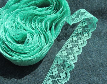 Green Lace - 11 yards