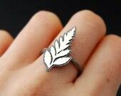 Fern silhouette ring - botanical sterling silver ring