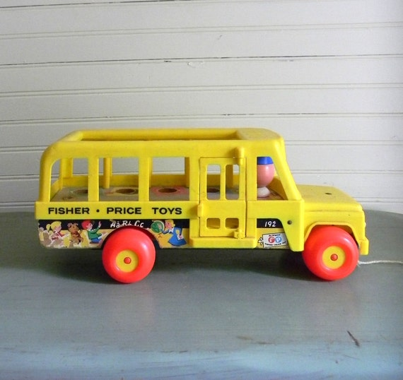 vintage fisher price school bus toy 1960s fisher price toys. Black Bedroom Furniture Sets. Home Design Ideas