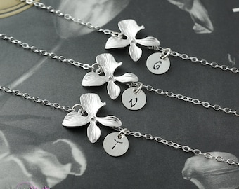 Bridesmaids gift, Personalized bracelet, Stamped jewelry, Simple bracelet, Sterling silver