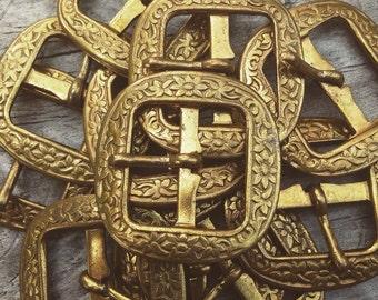 Small vintage brass belt buckle - lot of 3 - old metal buckles - ornate brass buckle