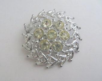 Vintage Wreath Style Off White Rhinestone Silvertone Circular Large Brooch