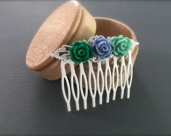 Small White Decorative Hair Comb. Blue Green Flowers. Boho Hair Accessory. Wedding. Boho Chic. Under 15 Hair Accessories. Gifts. Summer.