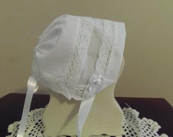 Heirloom Baby Bonnet White Hanky Audrey Grace Fan Lace Magic Bonnet 0-3 months