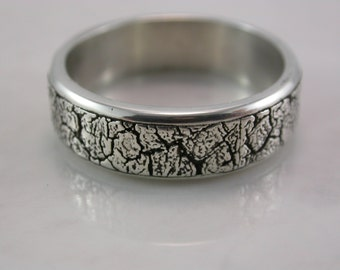 Cracked Texture Ring