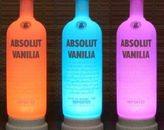 Absolut Vanilia Vodka Color Changing LED Remote Controlled Bottle Lamp Bar Light Man Cave Bodacious Bottles-
