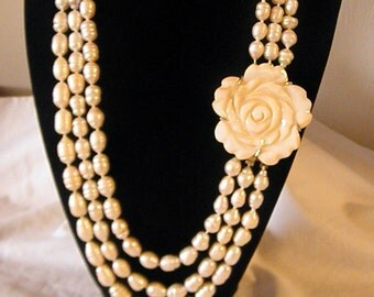 Lovely Peach Camellia Clasp & Peach Freshwater Rice Pearl Necklace