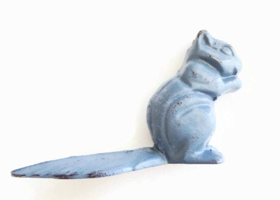 Squirrel decor cast iron doorstop woodland by juxtapositionsc - Cast iron squirrel door stop ...
