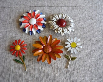 Lot of Vintage Daisy Brooches, Metal Enamel Daisy Brooch Lot, Instant Collection