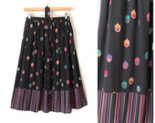 80s Silk Skirt / Silk A-Line Skirt with Pockets / Bright Floral Tulip Print Silk / Elastic Waist / Zig Zag Striped / Floral Kung / Small