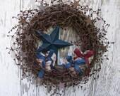 Red White Blue Wreath, Rustic Primitive Wreath, Pip Berry Wreath, Patriotic Wreath, Fourth of July Wreath, Americana Wreath, Star Wreath
