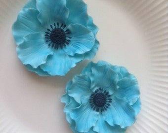 ANEMONES TURQUOISE SET of 2 / Gum Paste Flowers  / Edible Cake and Cupcake Decorations