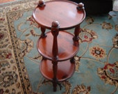 Vintage Ethan Allen small round table muffineer or tavern table distressed pine living room end table corner table plant stand bedside table