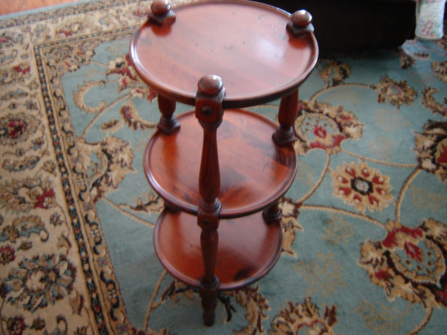 Vintage Ethan Allen Small Round Table Muffineer Or Tavern Table Distressed  Pine End Table Corner Table Plant Stand Bedside Table