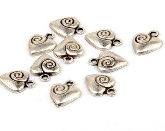 Curly Heart Charms, Love Charms, Heart Charms, Matte Silver Plated, 10 pieces // SCh-096