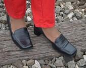 Women's Designer Shoes Size 7.5, Black Leather Shoes, Etienne Aigner Ladies' Vintage Leather Chunky Heels