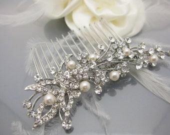 Wedding hair comb pearl Bridal hair comb vintage Wedding hair accessory pearl Bridal hair jewelry Wedding hair piece Wedding headpiece pearl
