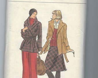 UNCUT Vintage Sewing Pattern Vogue 9026 for Jacket, Skirt and Pants, Sz 12, 1970s