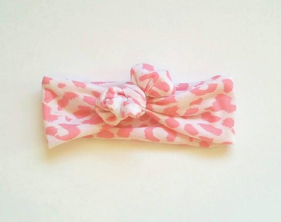 Light pink and white cheetah print - photo#1