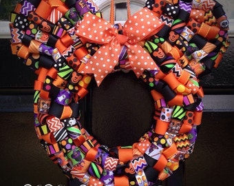 Minnie Mouse Halloween Ribbon Wreath