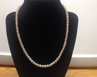 Vintage White Faux Pearl Beaded Necklace With 10K Clasp, Length 18''