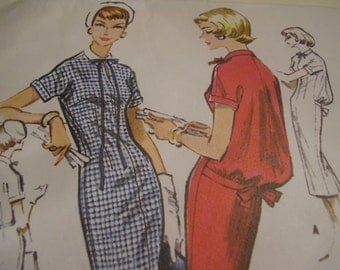 Vintage 1950's McCall's 4396 Dress with Bloused Back Sewing Pattern, Size 12, Bust 32