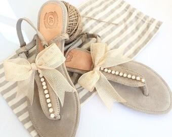 Flat wedding sandals. Leather Sandals. Wedding Sandals. Bridesmaid Sandals. beach wedding sandals. Swarovski crystals