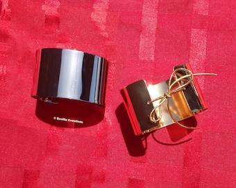 Metal wrist cuffs. Silver or Gold bracelets