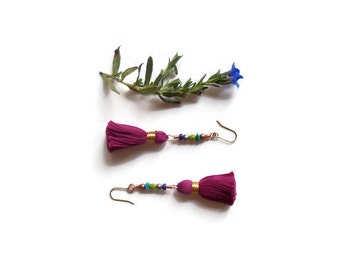 fuschia beaded tassel earrings // bohemian jewelry