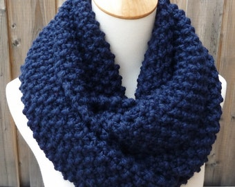 Navy Wool Infinity Scarf - Dark Blue Wool Infinity Scarf - Lambswool Scarf - Bulky Knit Scarf - Circle Scarf - Ready to Ship