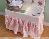 Dolls House Miniature 1/12th Scale Kitchen Sink Unit with Accessories