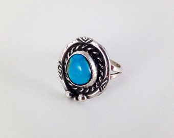 Vintage Sterling Silver Southwestern Navajo Turquoise Ring Size 5.5