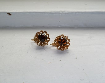 Gold and Amber Earrings, Flower Earrings,  Gold Tone, Amber Glass Stone, Clip On Earrings, Sarah Coventry