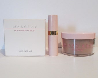 Vintage Mary Kay Loose Face Powder and Brush