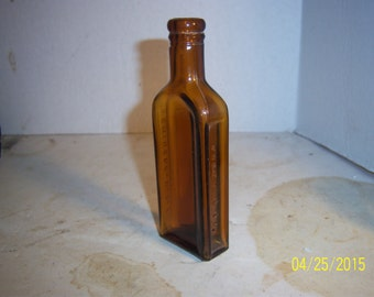 1920's Foley & Co  Chicago, Ill 5 1/2 inch AMBER medicine bottle