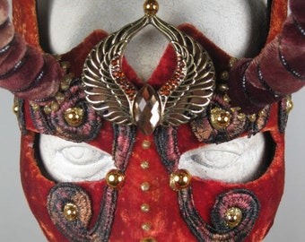 Red and Rust masquerade mask//halloween mask//mardi gras mask//horned mask