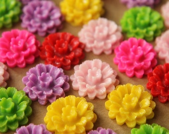 18 pc. Multi-Colored Daisy Cabochons 18mm | RES-519