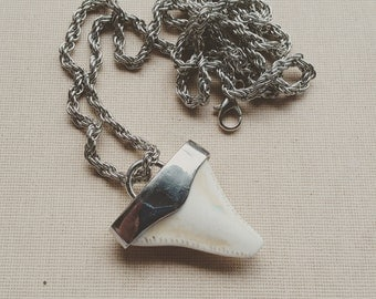 Large Shark Tooth Necklace - Dainty Necklace - Shark Tooth Pendant - Dainty Charm Necklace - Boho Necklace - Shark Tooth - Free Shipping -