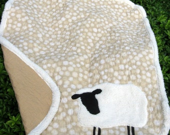 Baby Quilt, Sheep Quilt, Sherpa Sheep, Polka Dots, Beige Quilt, Linen Quilt, Lamb Quilt, Cotton Quilt, Sheep Applique, READY TO SHIP
