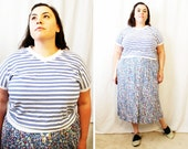 Plus Size - Vintage Blue & White Stripe V-Neck Dolmen Sleeve Shirt (Size 14/16)