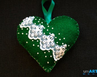 Felt Ornament Green Heart. Decorated with beads and lace