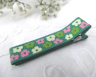 Flower alligator clip
