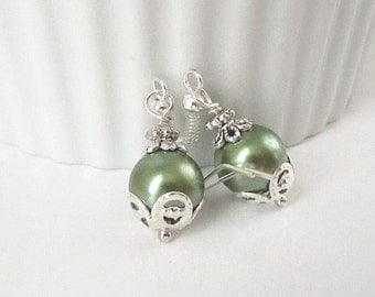 Olive Green Pearl Drop Earrings, Olive Bridesmaid Jewellery, Green Wedding Sets, Bridal Party Gifts, Fern Bridal Earrings, Bridesmaid Gifts