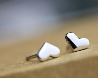 Sweet Heart Stub Earring