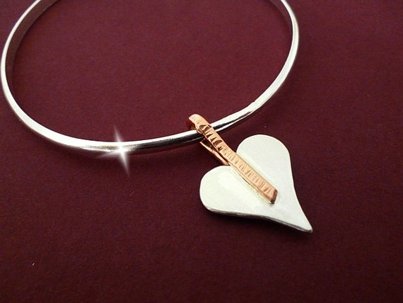 Silver Bangle with Silver and Copper Heart, Bracelet with Copper and Silver Heart Charm, Seventh 7th Wedding Anniversary Gift, Hearts