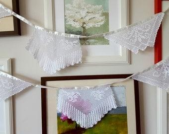 Wedding Backdrop , Rustic Vintage Garland Decoration , Ecofriendly Wedding  Banner, Summer Handmade With Handcrocheted Vintage Doilies
