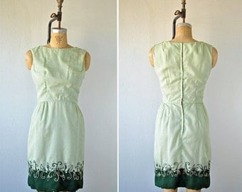 Vintage Parnes Feinstein Dress- Mint W/Embroidered Flowers, Small