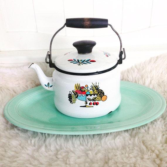 Vintage scandinavian danish modern white enamel teapot kitchen for Scandinavian housewares