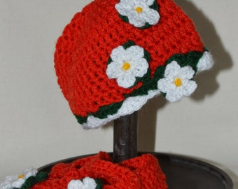 Strawberry flower crochet hat and booties set, newborn, ready to ship, photo prop